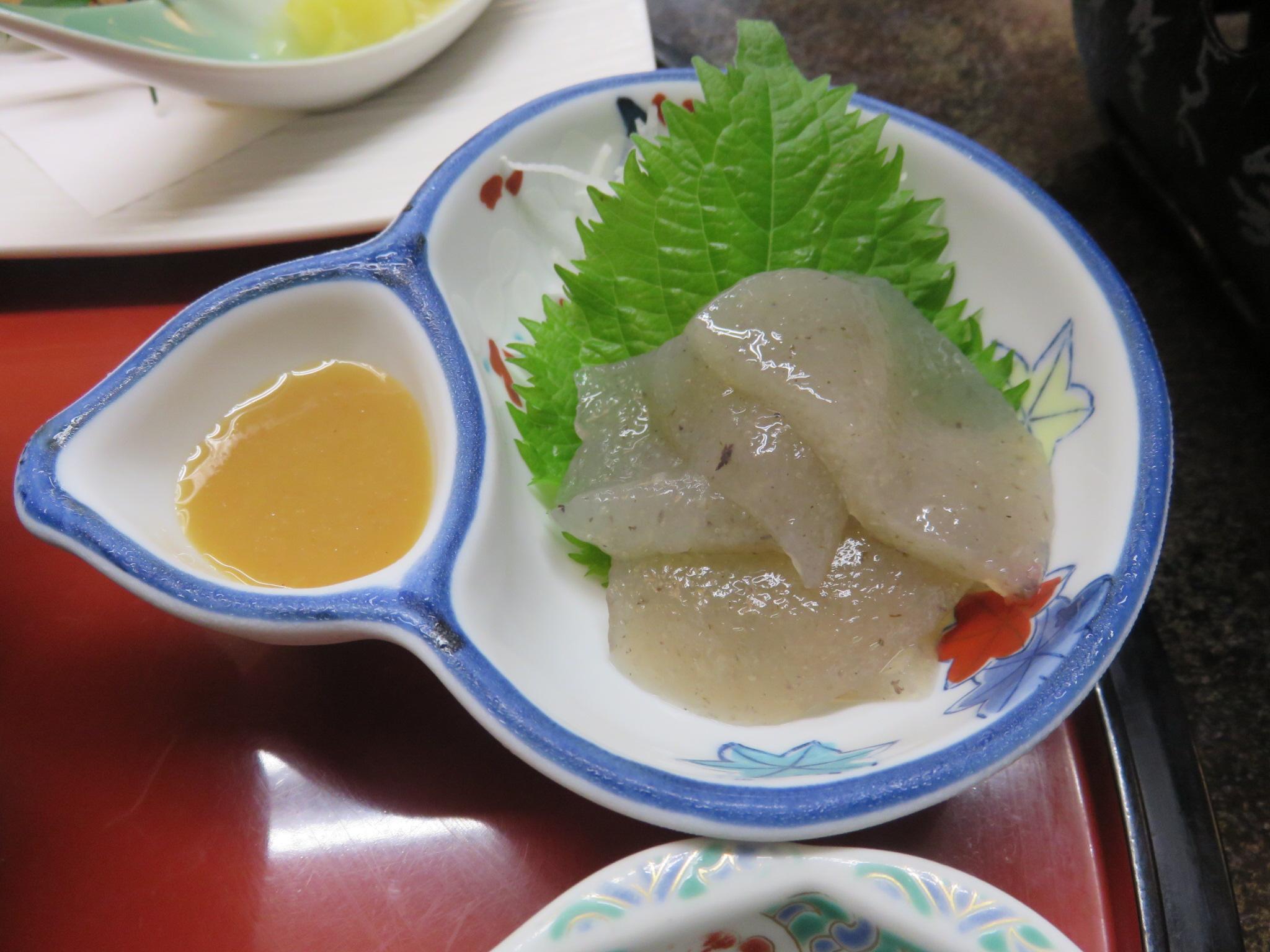 một ngón ăn trong thực đơn của khách Vietglobal travel tại Nhật Bản