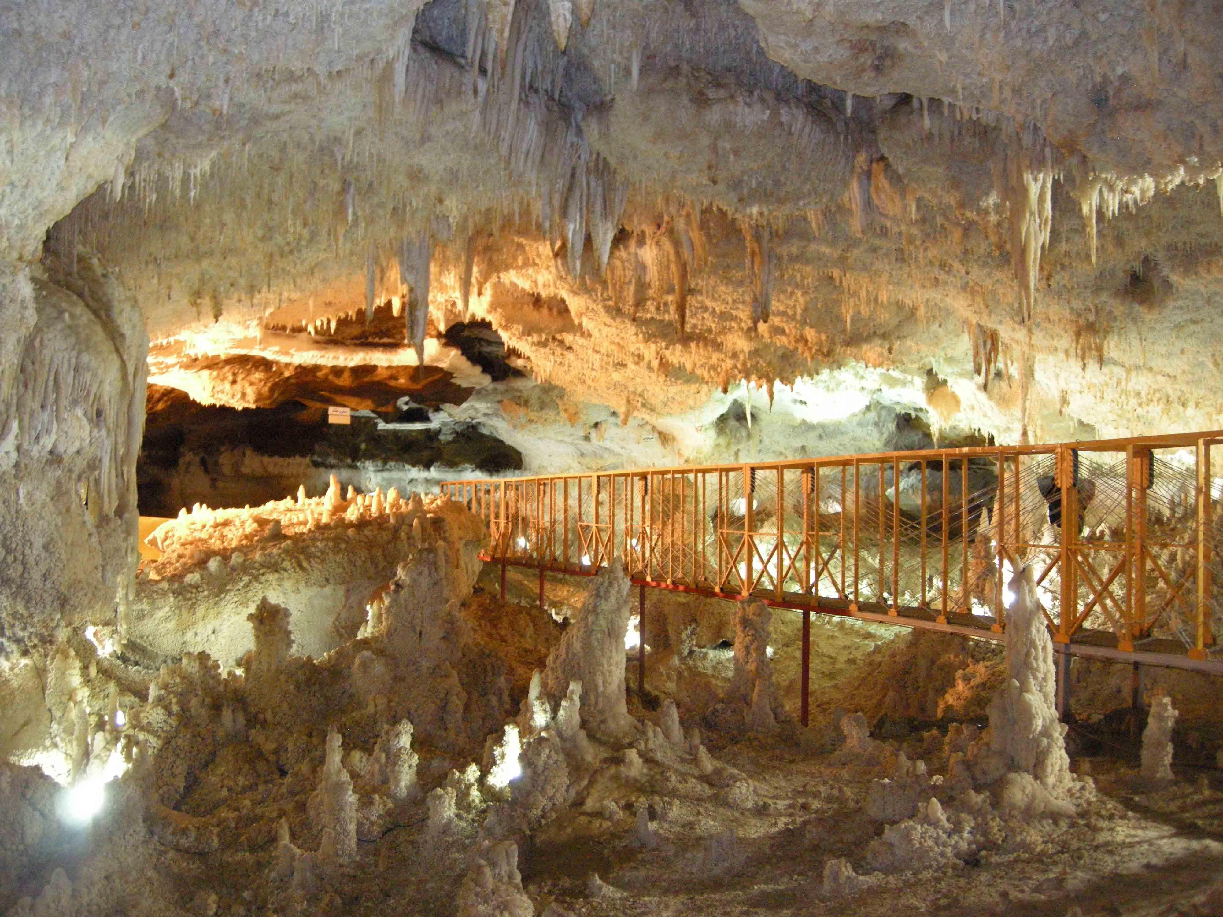 hang động Bellamar