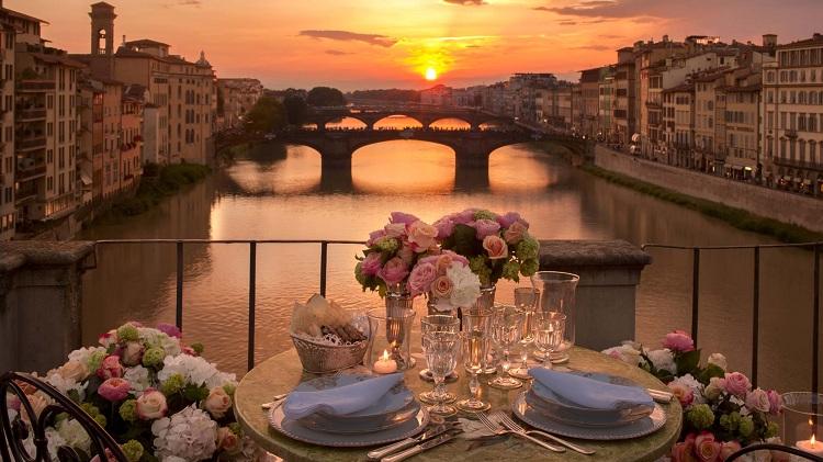 Tour du lịch chu du Pháp – Ý 8N7Đ KH: Hàng Tháng