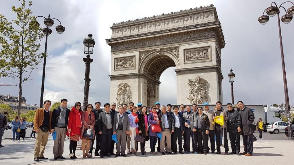 Châu Âu 4 nước giá sốc khách sạn 4 sao : Pháp - Bỉ - Hà Lan - Đức 9N8Đ. KH 08/09, 21/10, 06/12