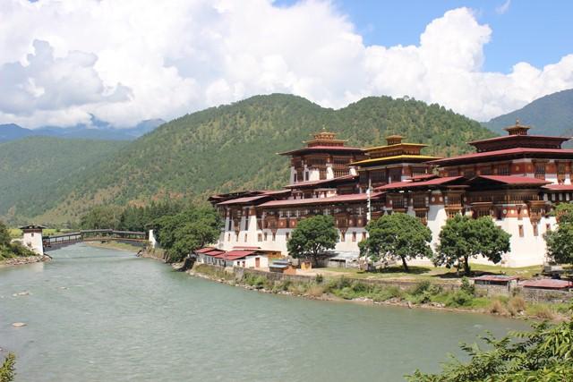 Du lịch Bhutan - Vương Quốc hạnh phúc nhất hành tinh: Paro - Thimphu - Punakha 7N6Đ KH: 29/8, 25/9, 30/10,27/11/2019