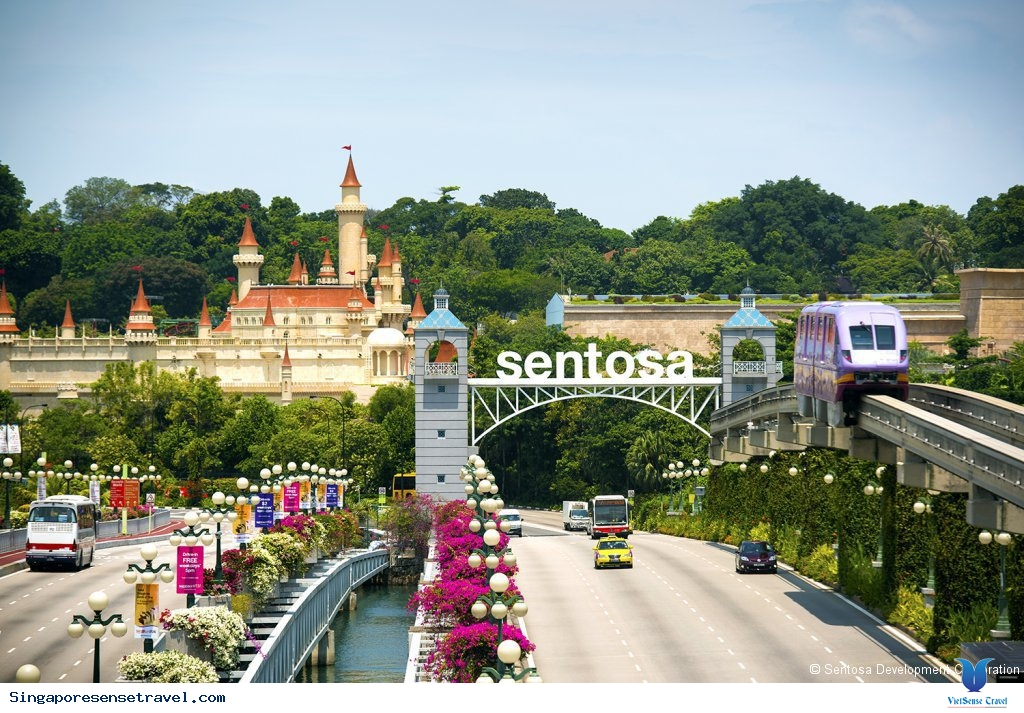 at_tu-tuc-du-lich-singapore-kham-pha-dao-sentosa_8a1177867b937ccf0ae39213587316d6