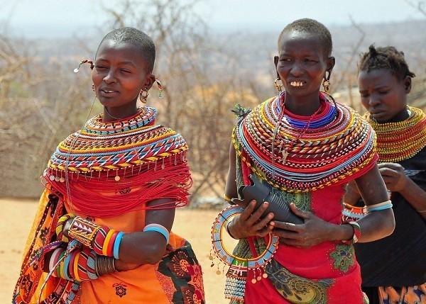 Phụ nữ bộ tộc Maisai