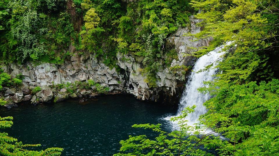 jeju-island-falls-cheonjeyeon-1594587_960_720