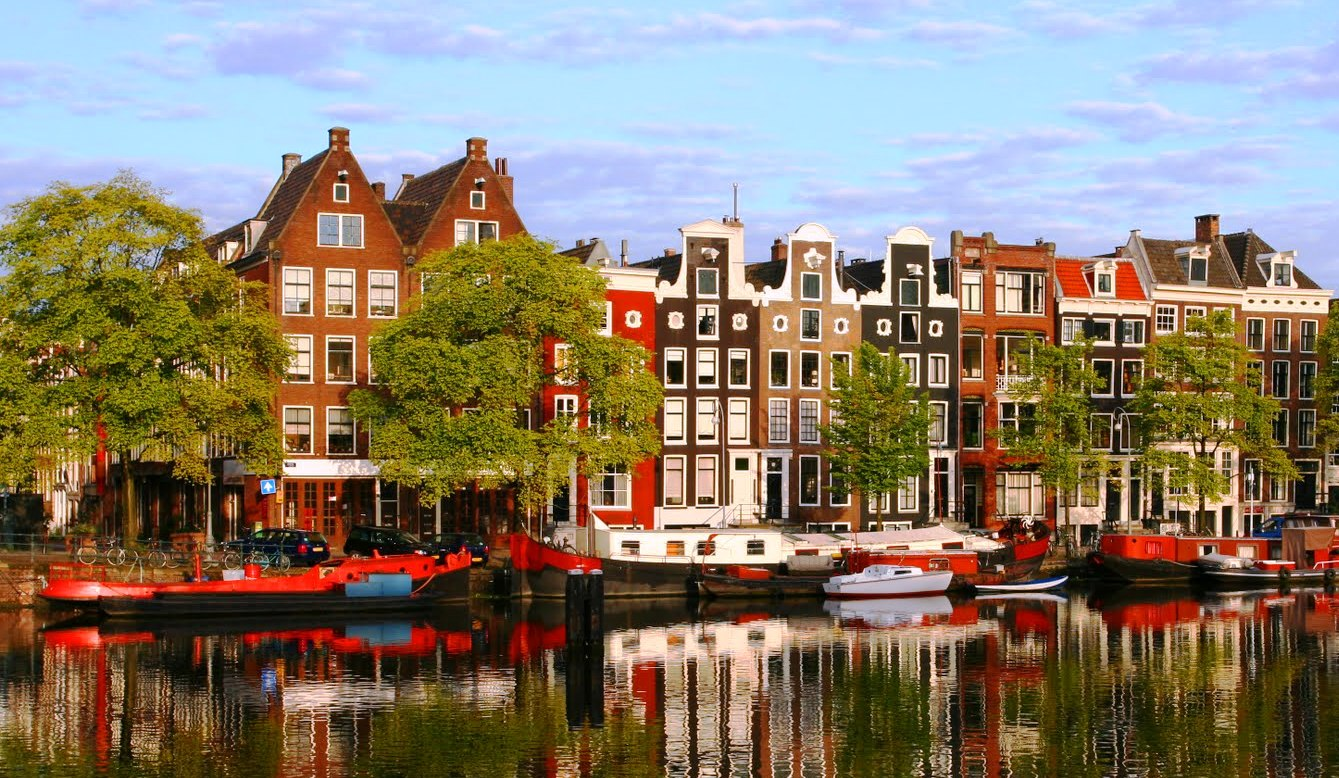 thanh-pho-amsterdam-54252e3a3c8e6 (1)