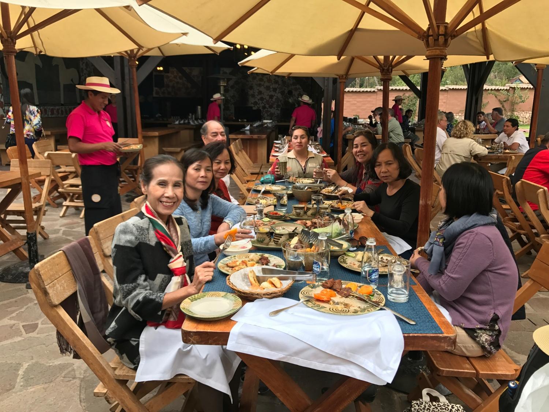 bữa sáng khách Vietglobal travel