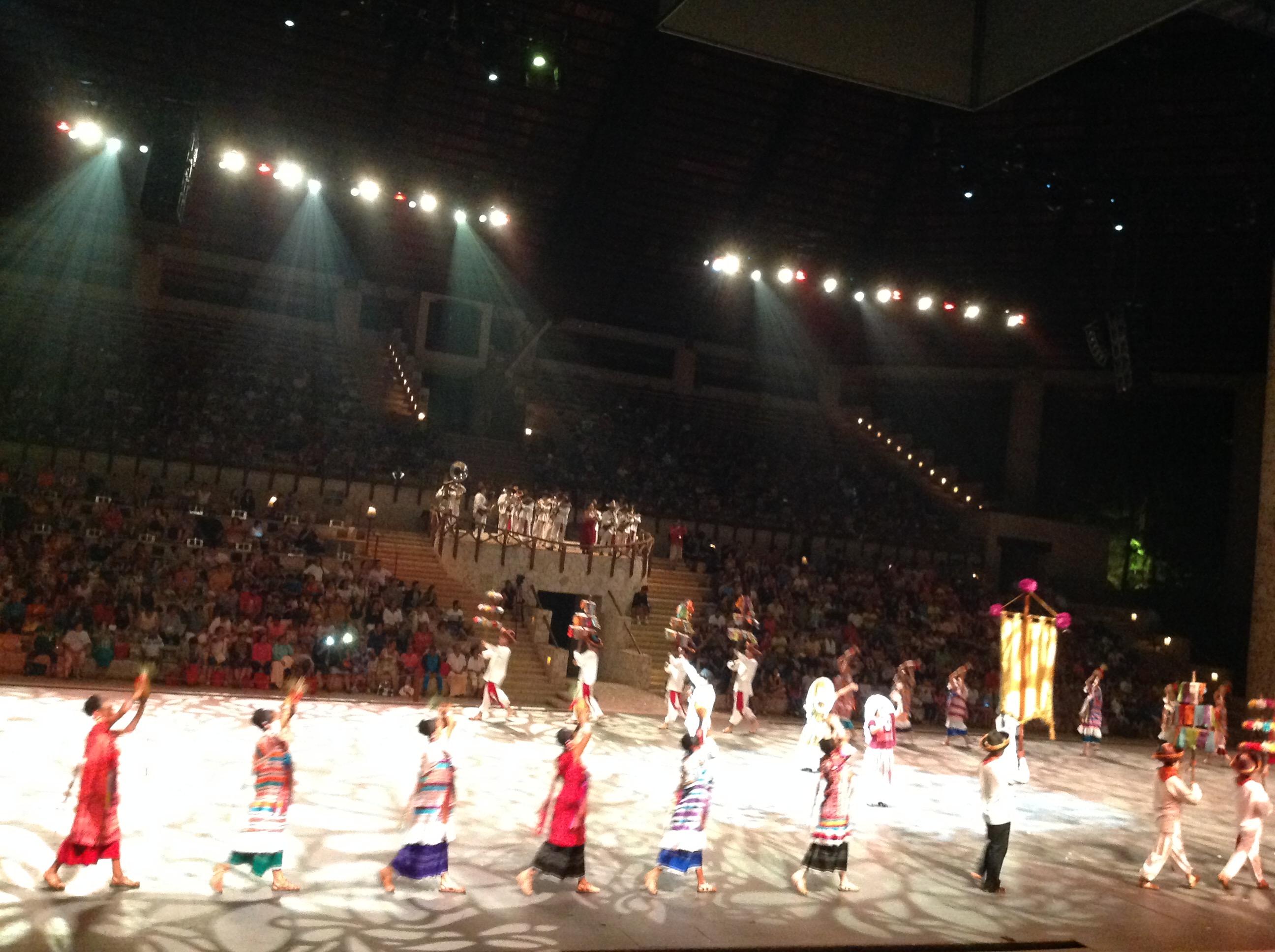 show biểu diễn tại Mexico