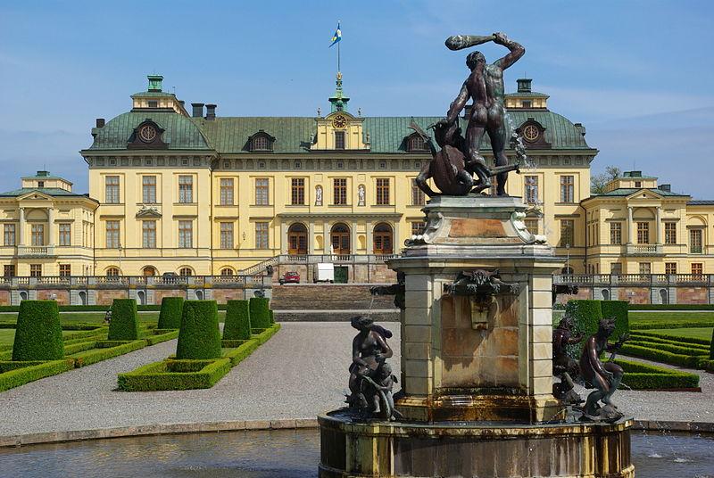 800px-Drottningholm_stockholm