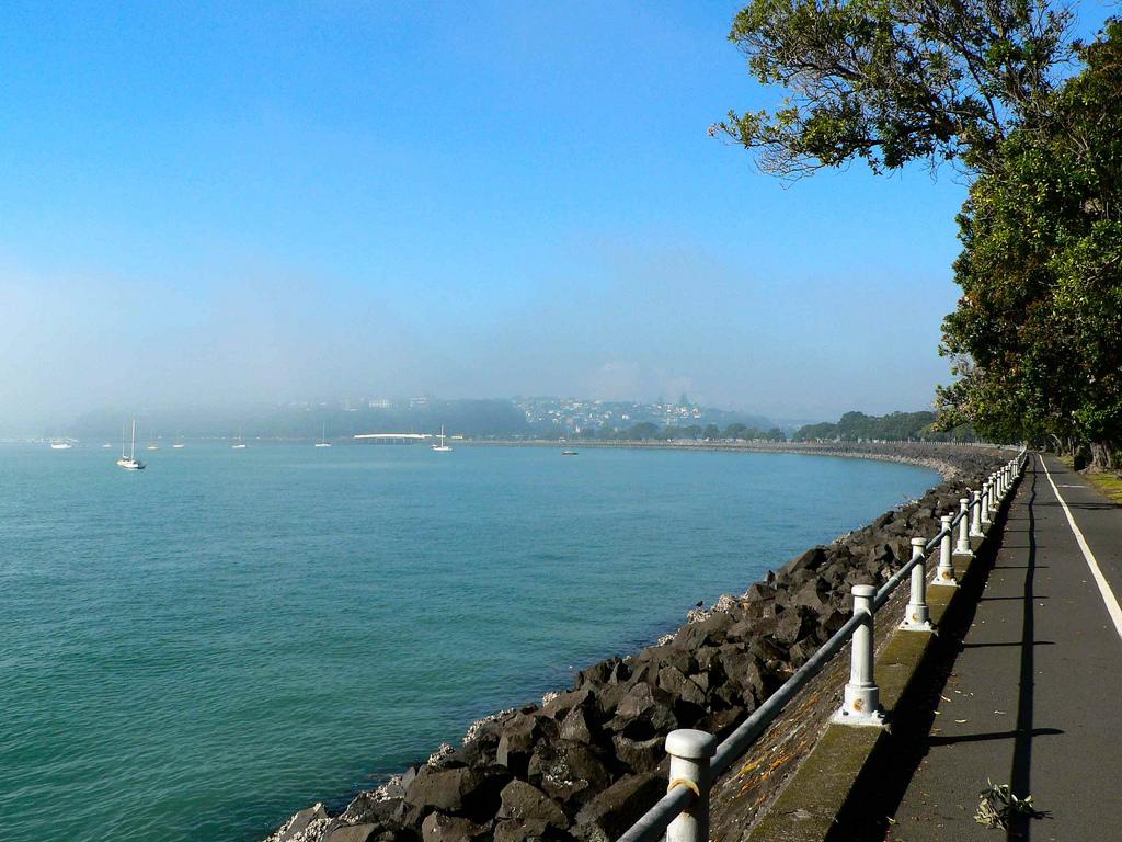 con duong Tamaki Waterfront Drive